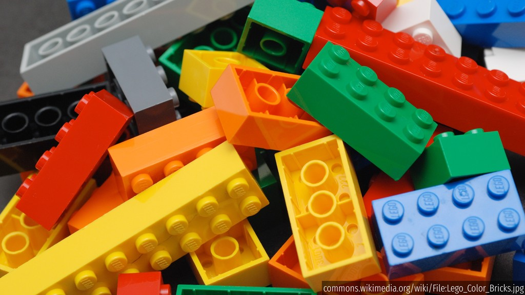 commons.wikimedia.org/wiki/File:Lego_Color_Bric...