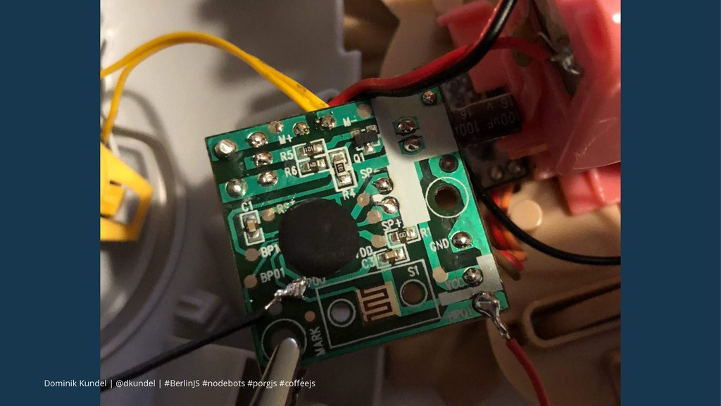 Dominik Kundel | @dkundel | #BerlinJS #nodebots...
