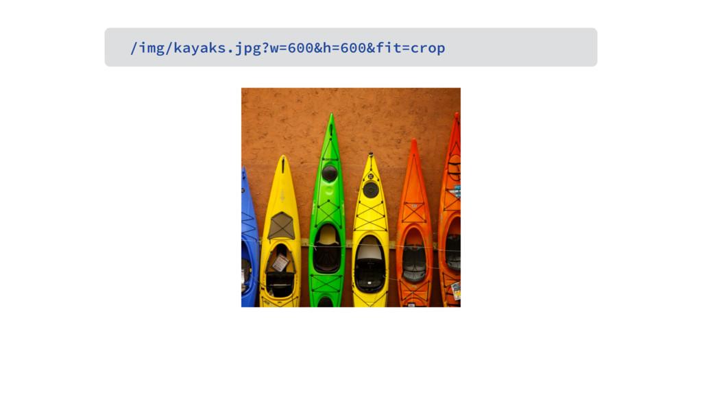 /img/kayaks.jpg?w=600&h=600&fit=crop