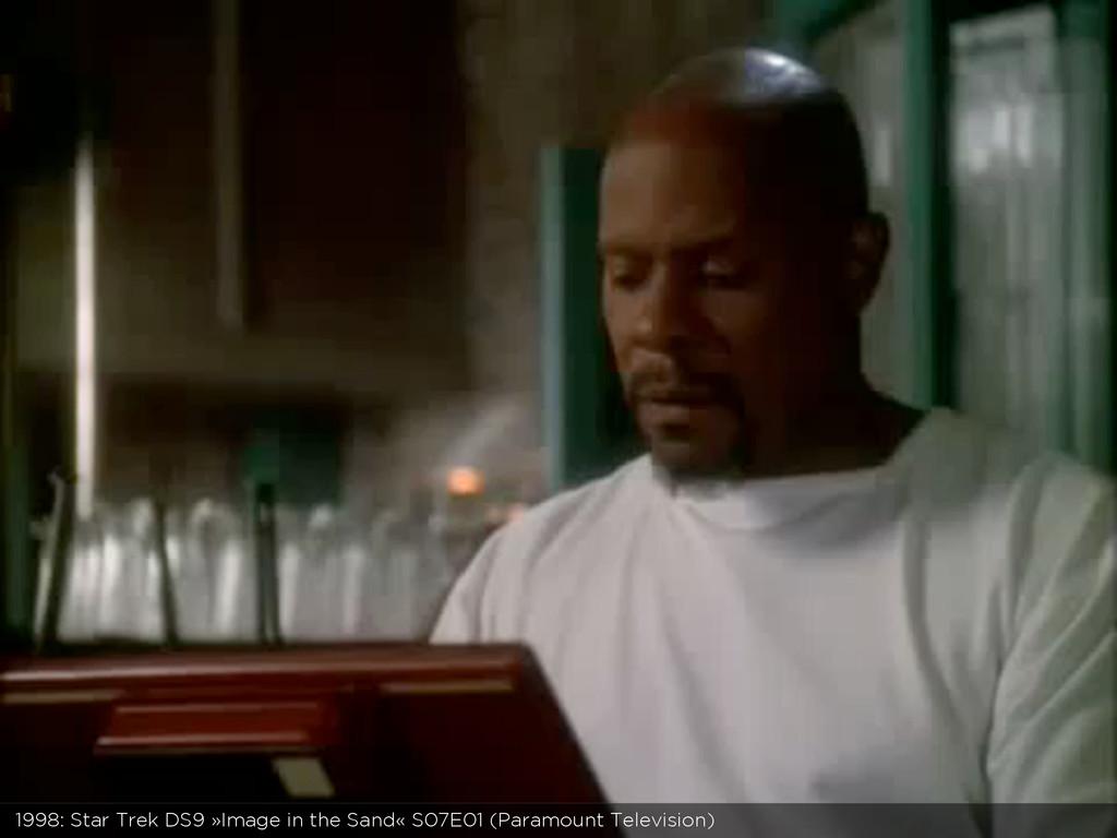1998: Star Trek DS9 »Image in the Sand« S07E01 ...