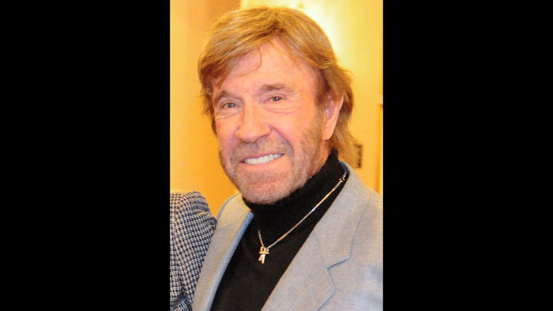 CONCRETE STORIES VS. ABSTRACT PROCESSES