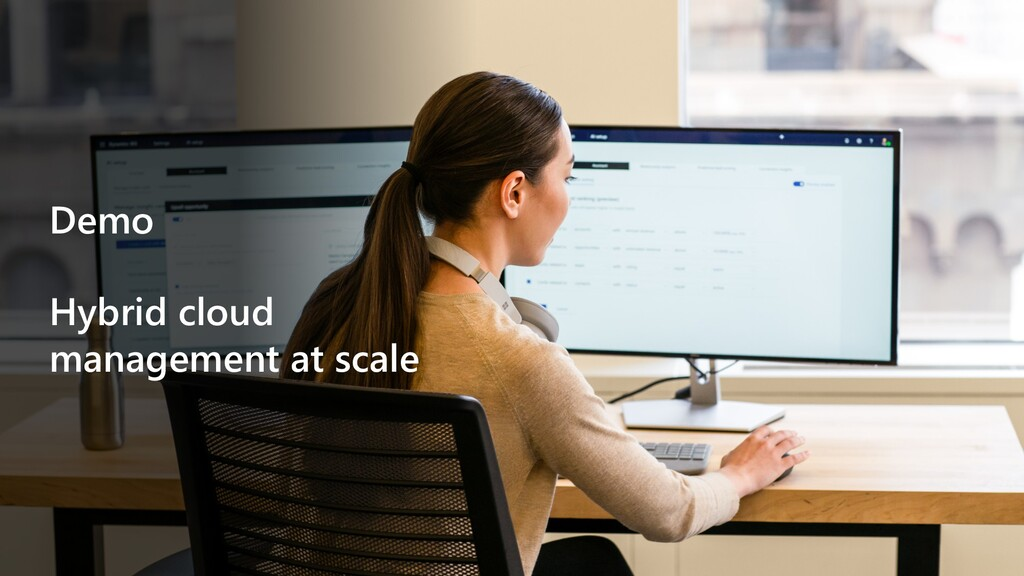 Demo Hybrid cloud management at scale