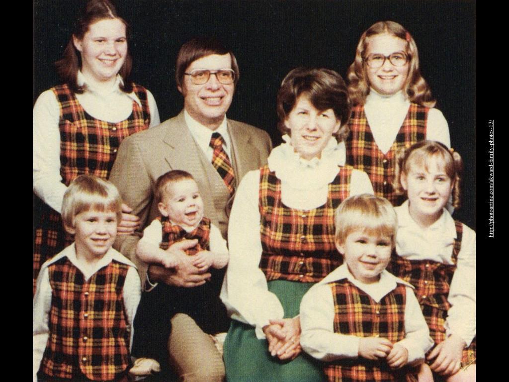 http://photoartinc.com/akward-family-photos-13/