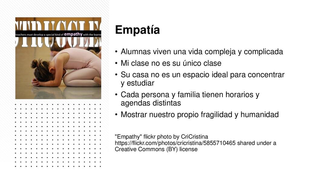 Empatía • Alumnas viven una vida compleja y com...