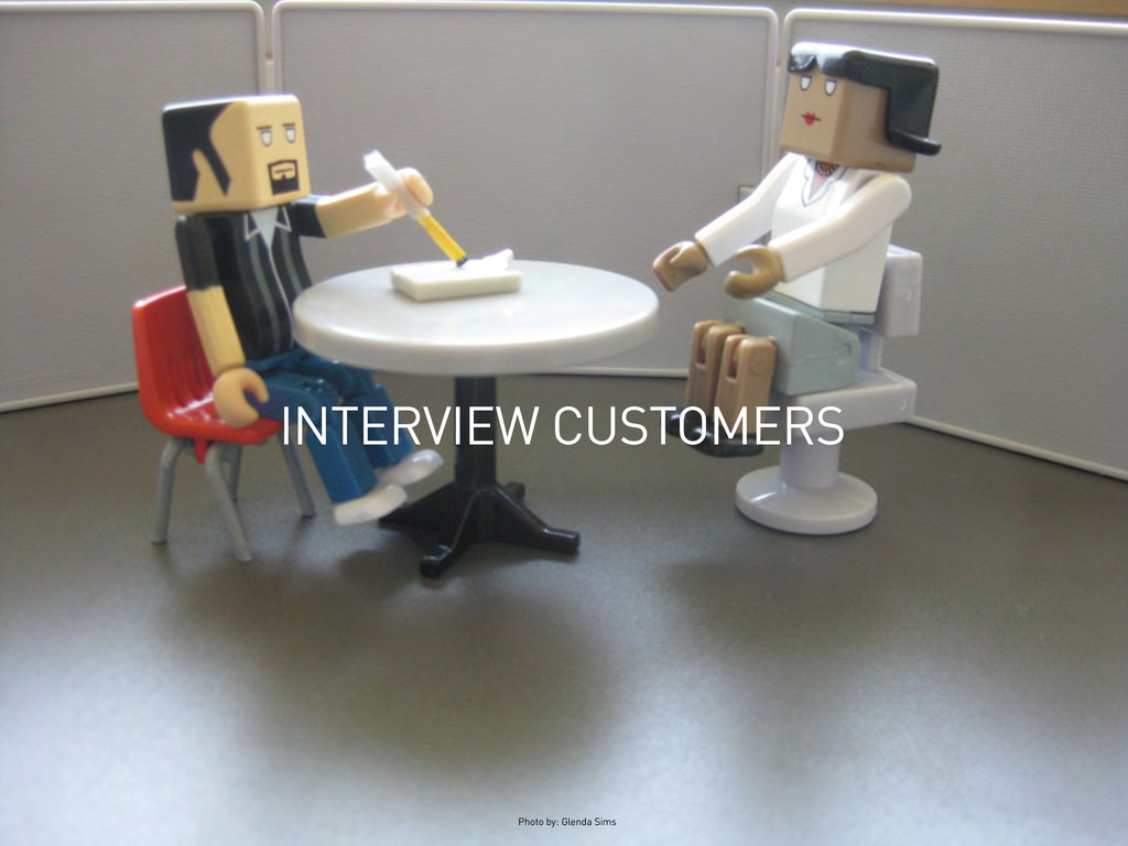 INTERVIEW CUSTOMERS Photo by: Glenda Sims