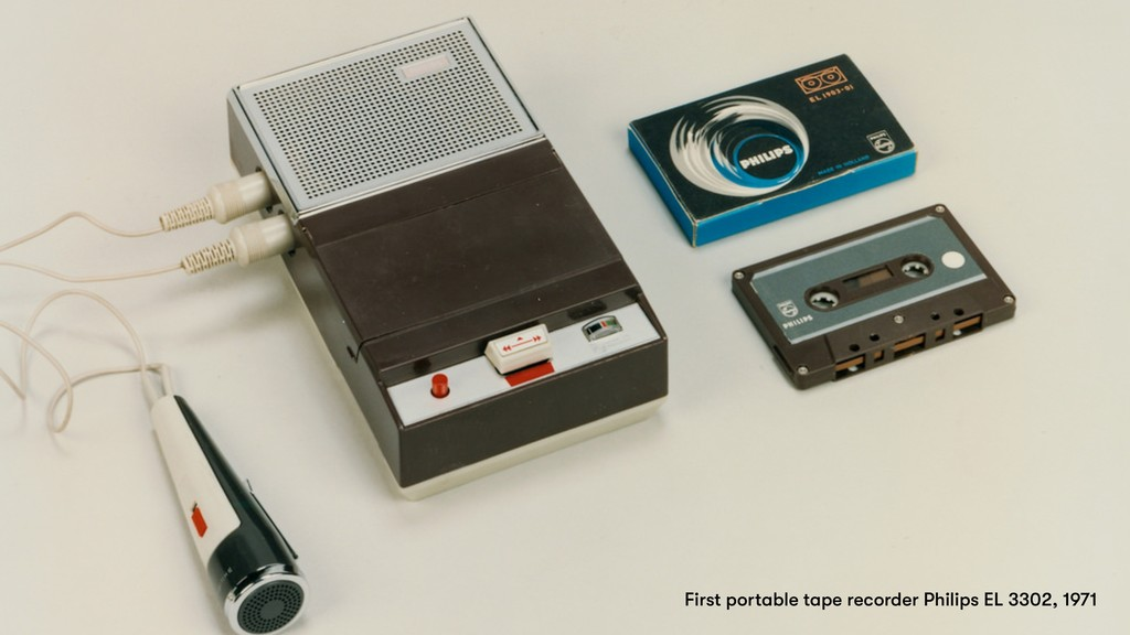 First portable tape recorder Philips EL 3302, 1...