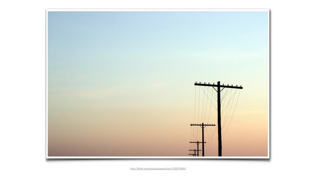 http://flickr.com/photos/leecullivan/122271605/
