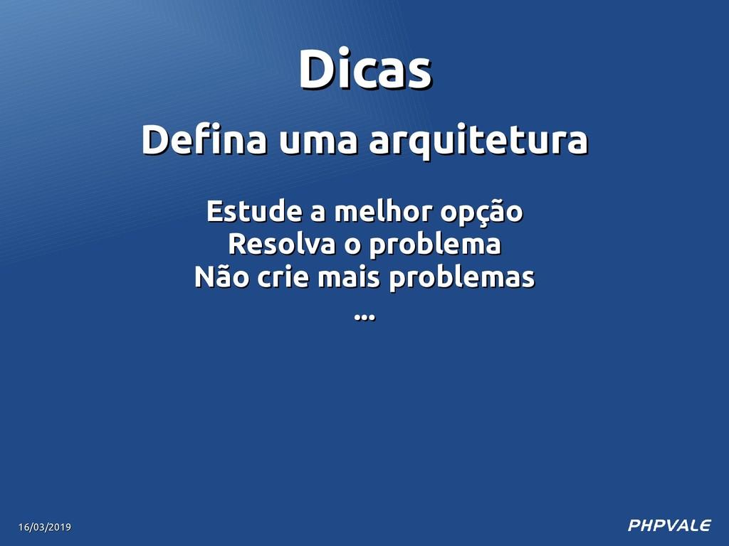 Defina uma arquitetura Defina uma arquitetura E...