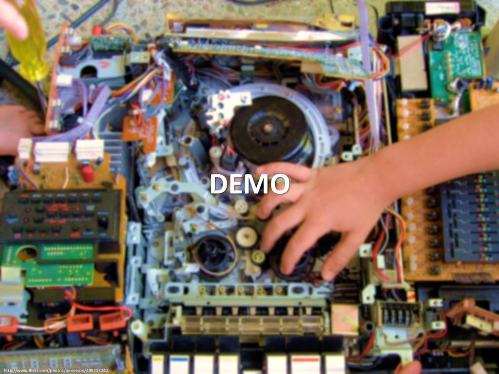 DEMO http://www.flickr.com/photos/jurvetson/489...
