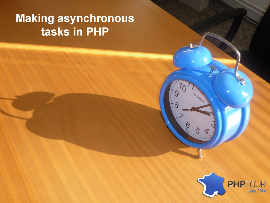Making asynchronous tasks in PHP