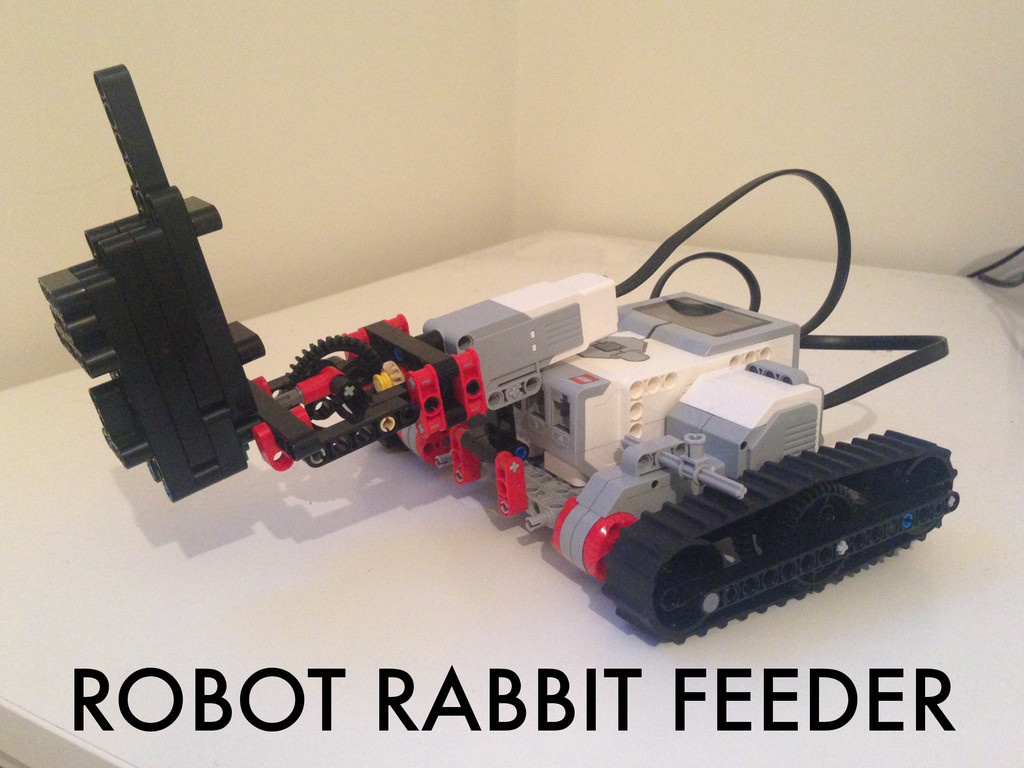 ROBOT RABBIT FEEDER