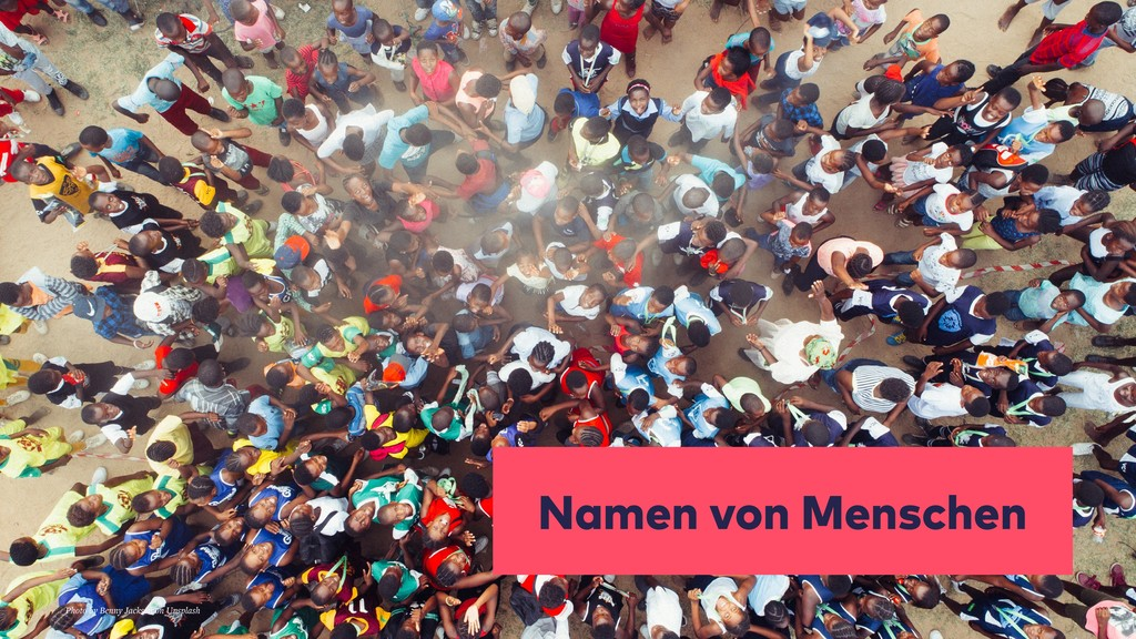 Namen von Menschen Photo by Benny Jackson on Un...