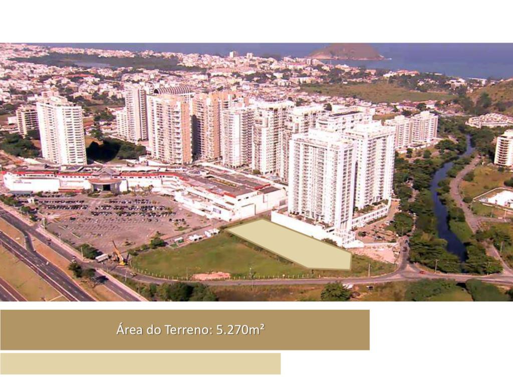 Área do Terreno: 5.270m²
